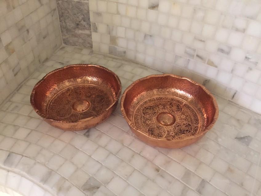 Copper Tas: copper shallow pan.