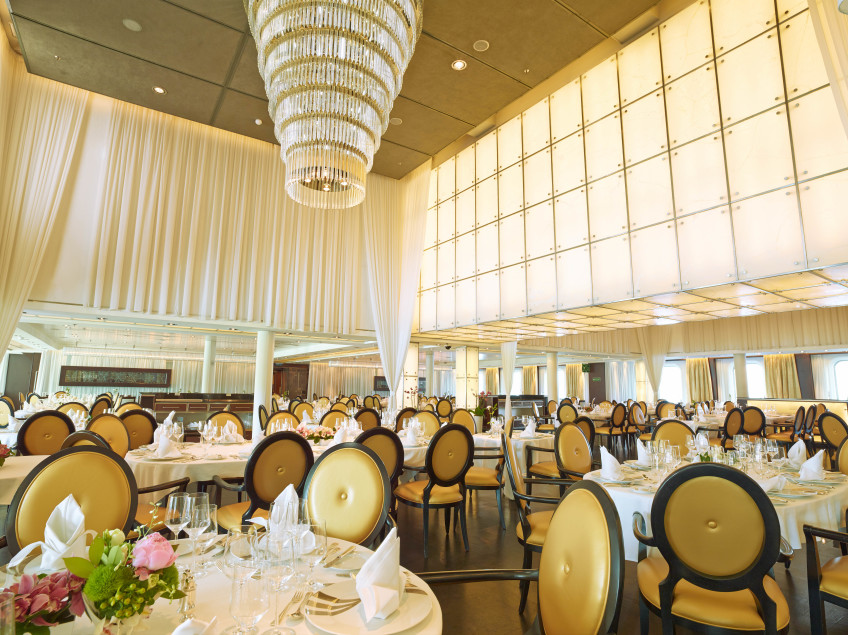 The Restaurant - Seabourn Odyssey