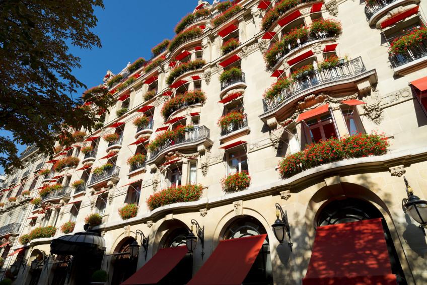 Hotel_Plaza_Athenee_Facade_HIGH_RES