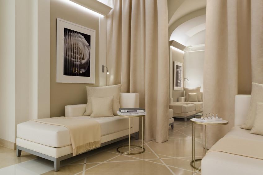 Plaza Athenee- Dior Institut -(c)Jérôme Galland pour Christian Dior Parfums 9