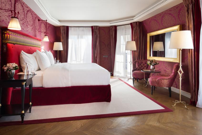 La-Reserve-Paris-Hotel-chambre-PresidentialSuite